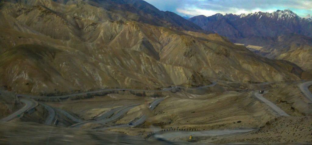 Dangerous Mountain roads, Kashmir India