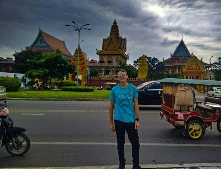 travel Cambodia in two weeks