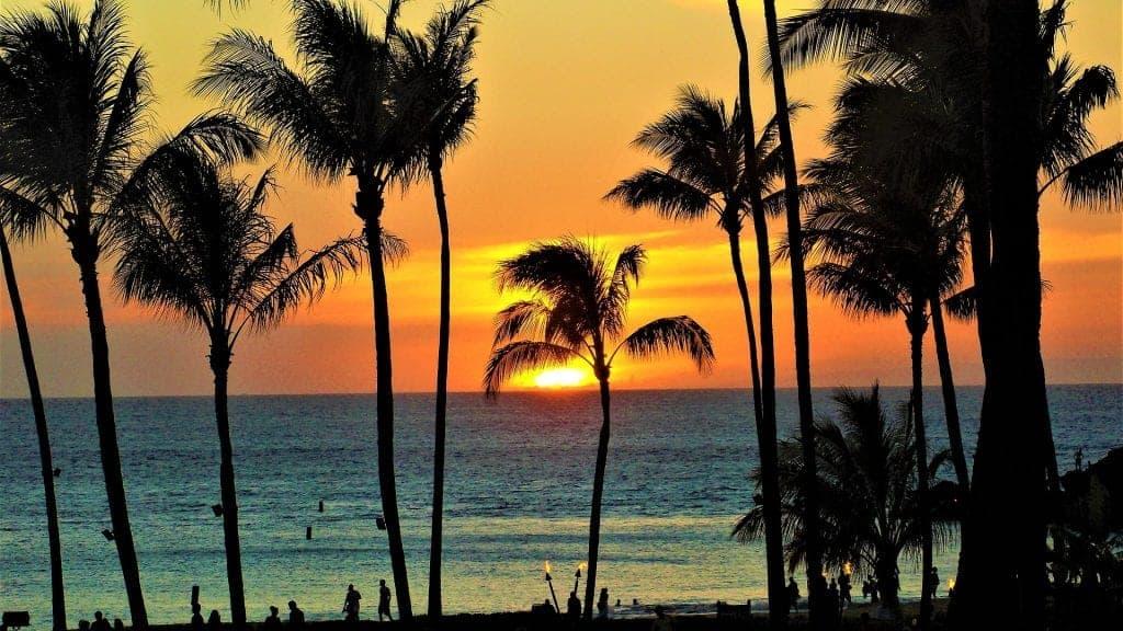 visit Hawaii on a budget