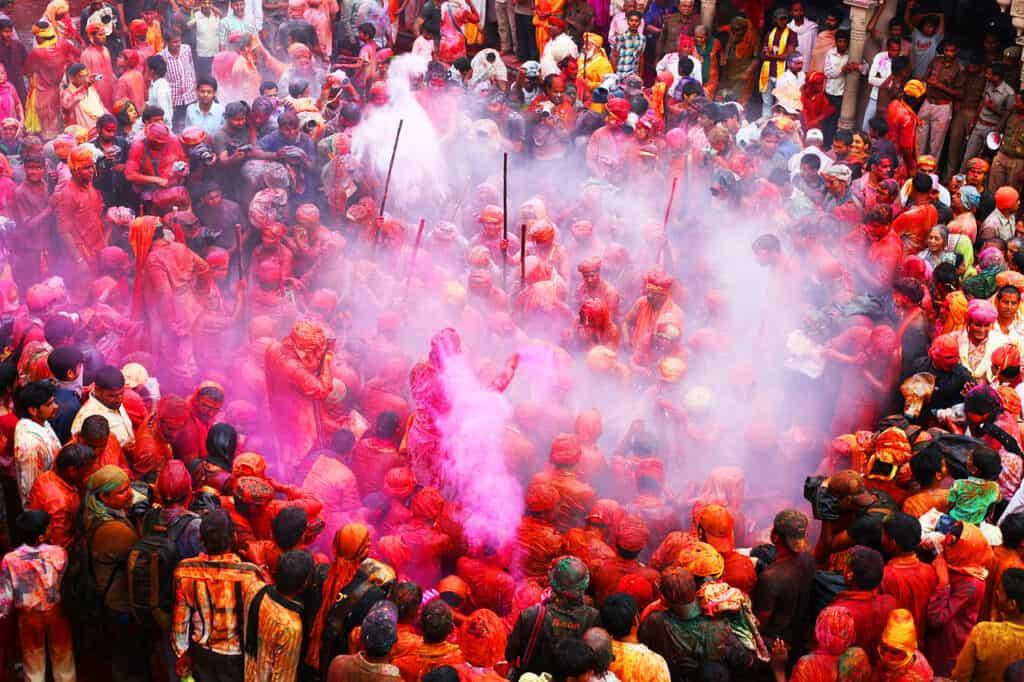 unusual religious festivals india