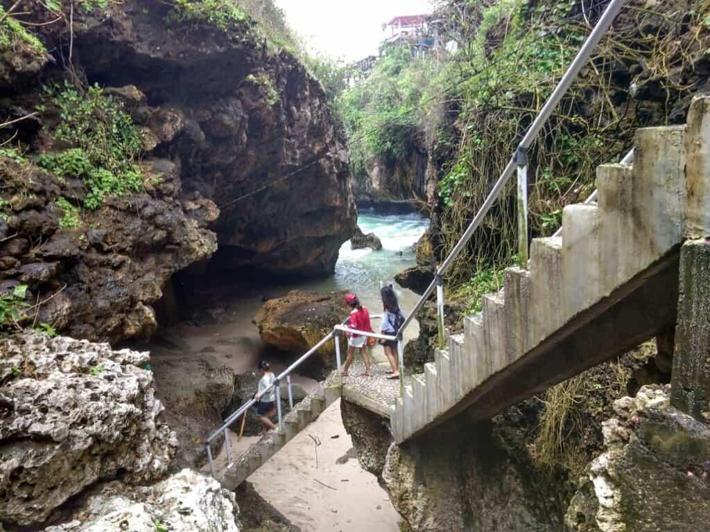 suluban cave