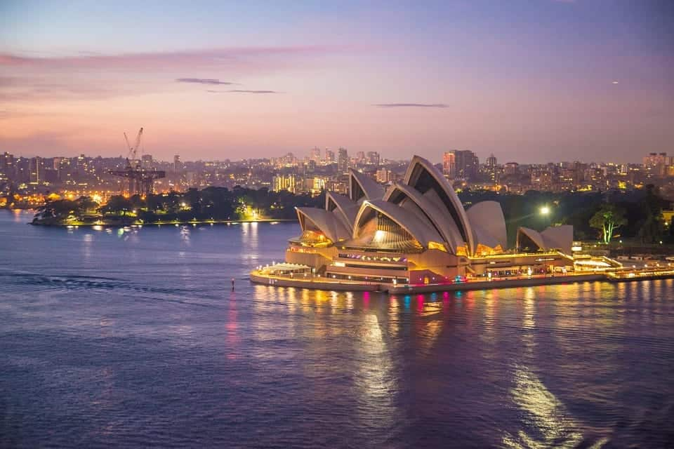 The ultimate guide to visiting Australia on a shoestring budget
