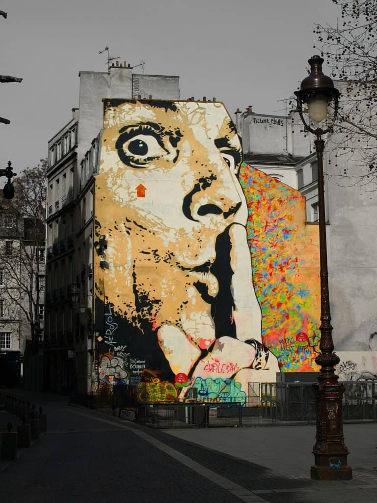 salvador dali paris off the beaten track
