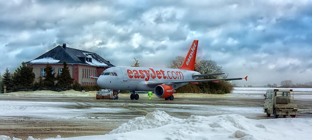 easy jet airline