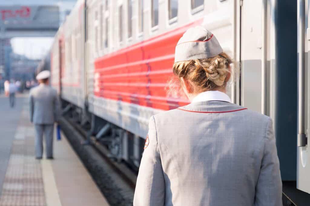 russia provodnitsa train