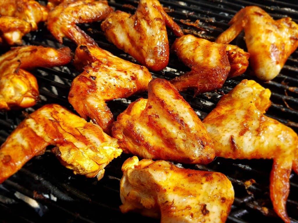 Chicken wing rice roll