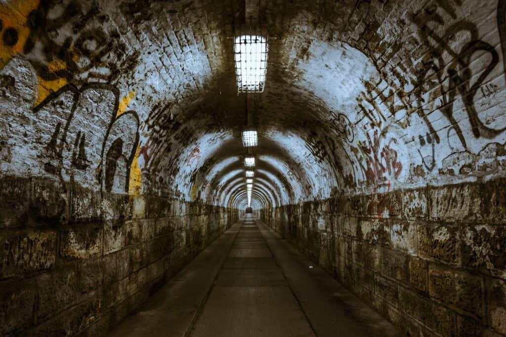 los angeles tunnels