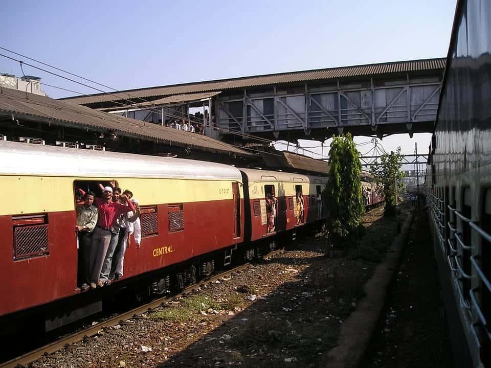 Mumbai train facts