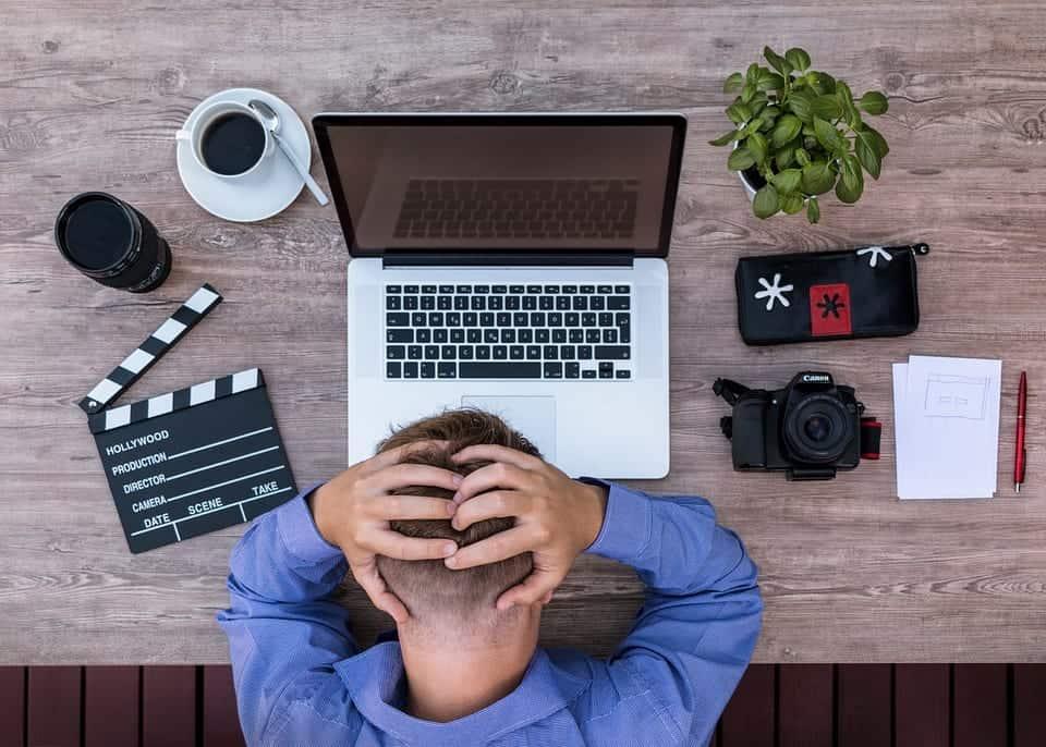 blogger travel jobs