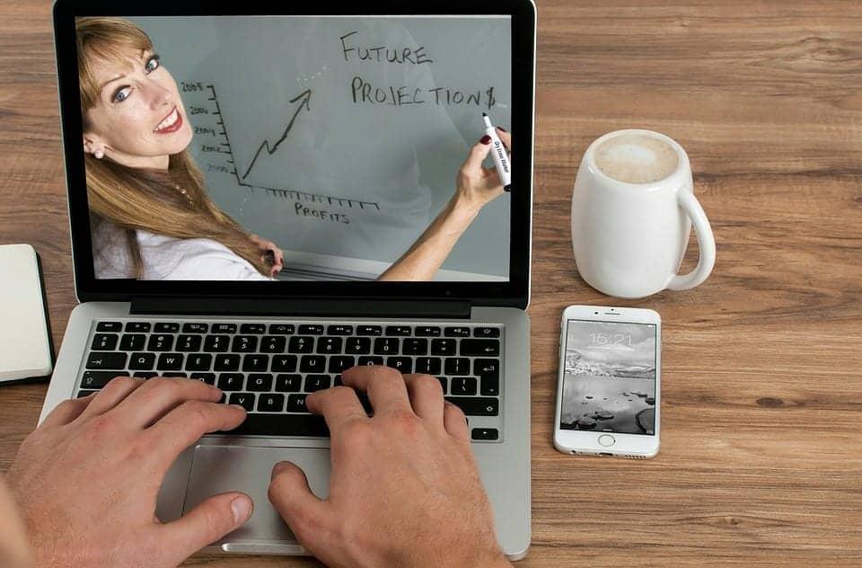 online course travel jobs