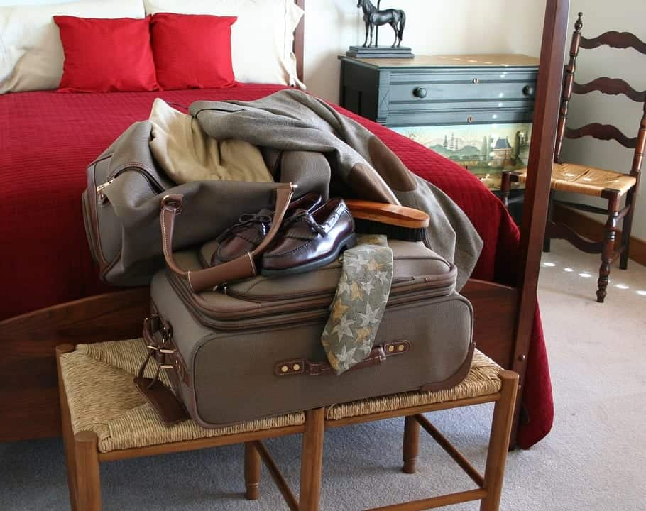 shoes travel packing mistakes