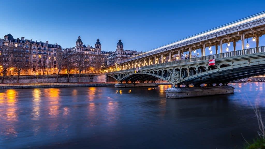 paris bridge