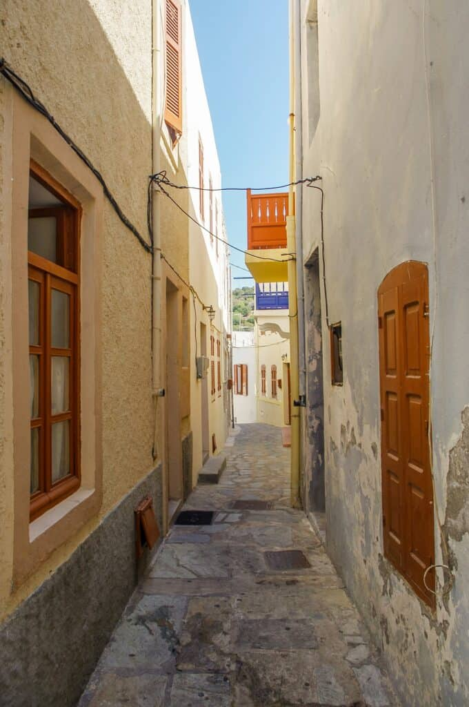 narrowest street in prague