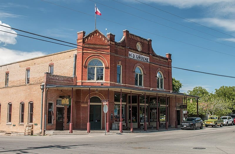 800px Gruene Histric District 1 of 1