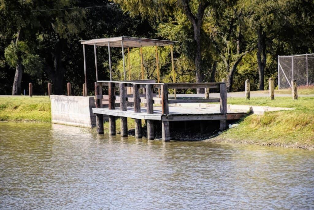 city park pier lockhart texas 5285021 1920