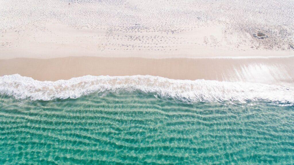 beach 1867436 1920