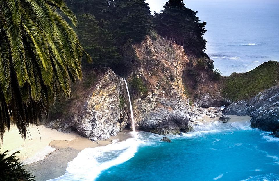 21 Hidden Beaches in California For a Peaceful Getaway