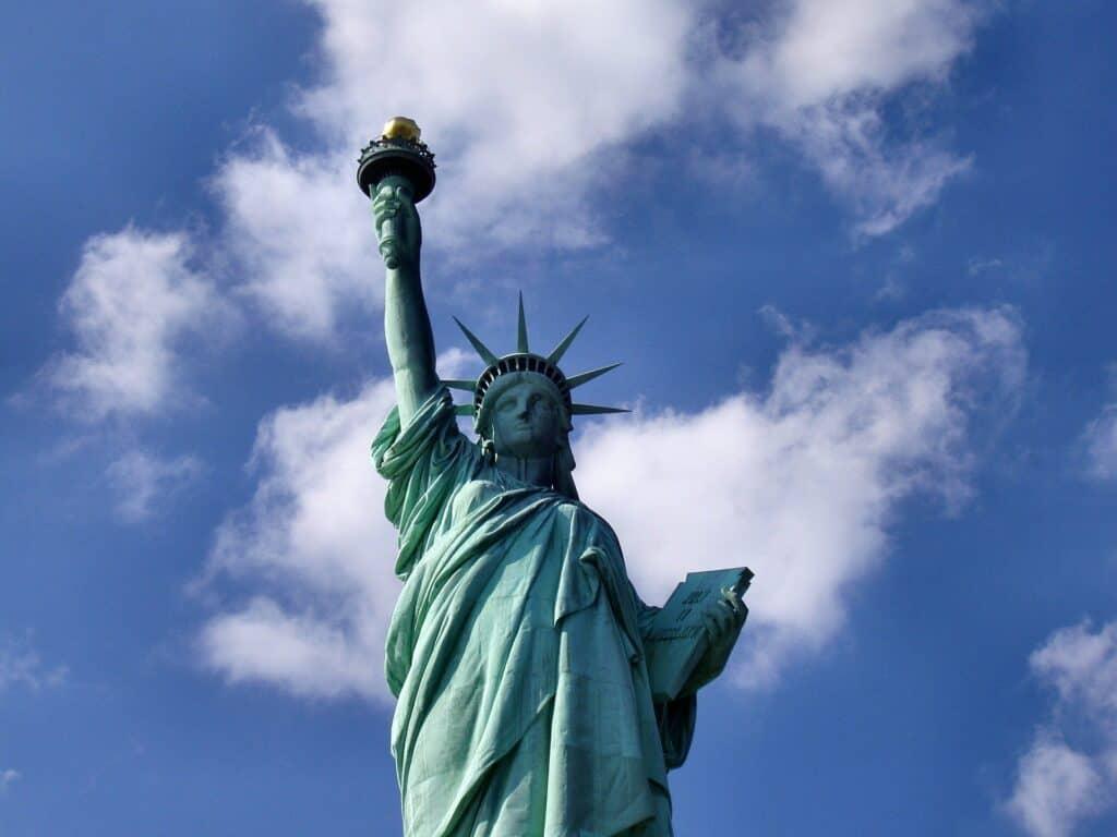 statue of liberty 1045266 1920