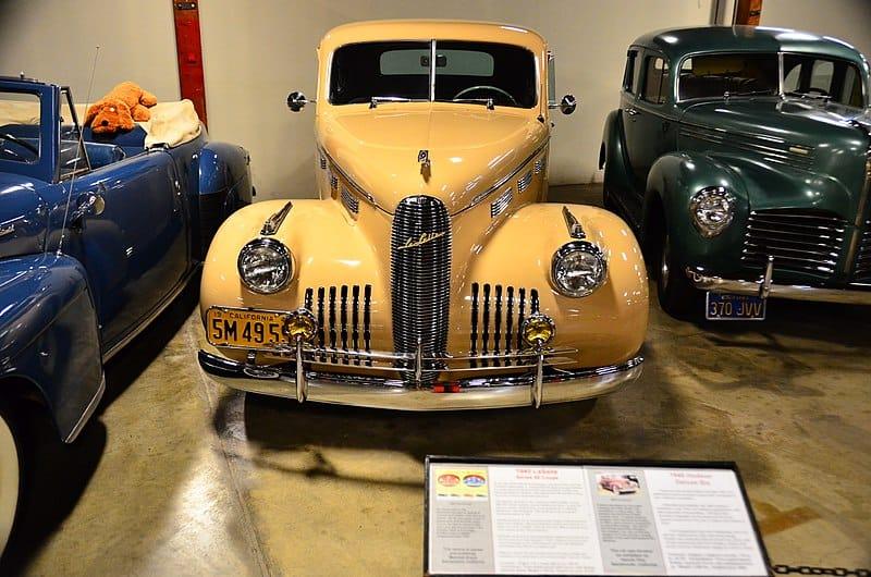 800px LaSalle 1940 at California Automobile Museum