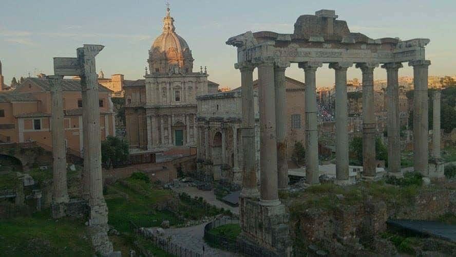 rome ancient ruins