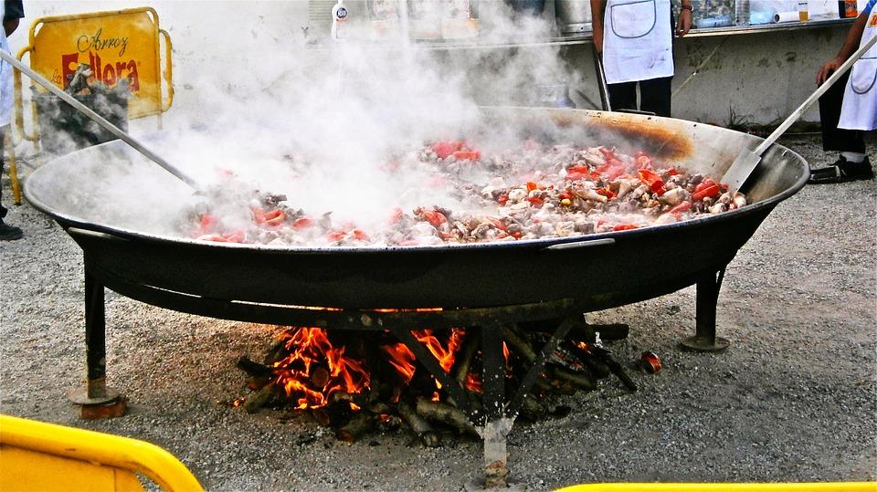 paella street food