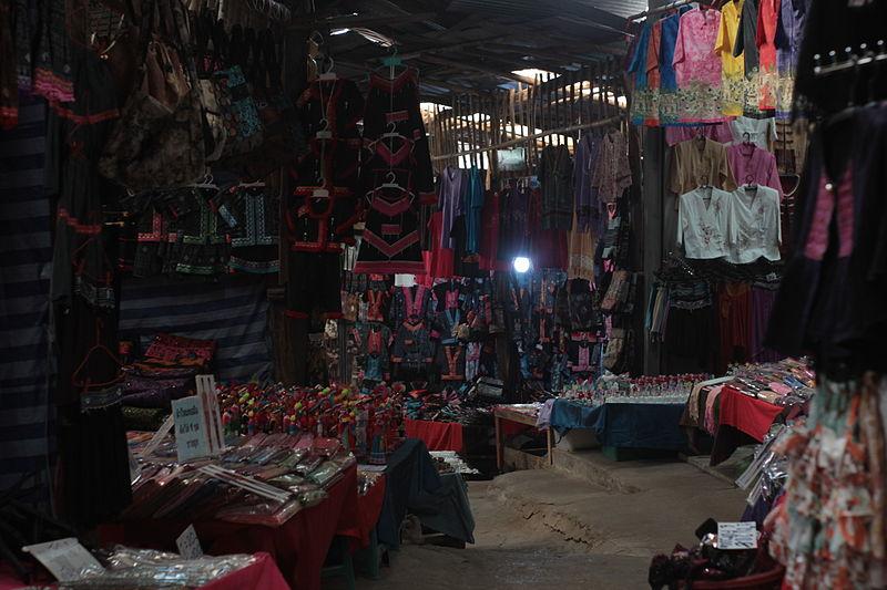 Central Kad Suan Kaew Night Market