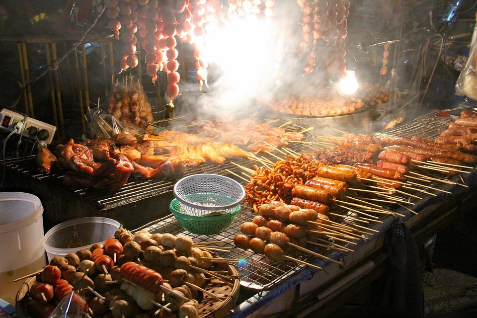 Chang Phuak Gate Night Market