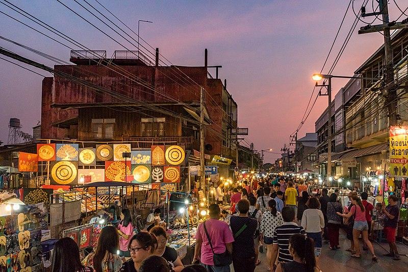 Chiang Mai Saturday Night Market Albert