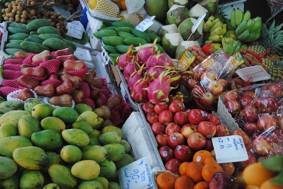Talat Muang Mai Market